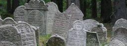 cemetery-380839_640