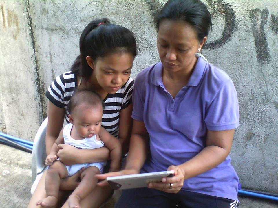 "For the majority of Filipinos, mobile devices are the primary means to connect to the Internet. Photo: <a href=""https://www.flickr.com/photos/48569716@N00/14264159835/in/dateposted-public/"" target=""_blank"">eAKaP</a>, Flickr"
